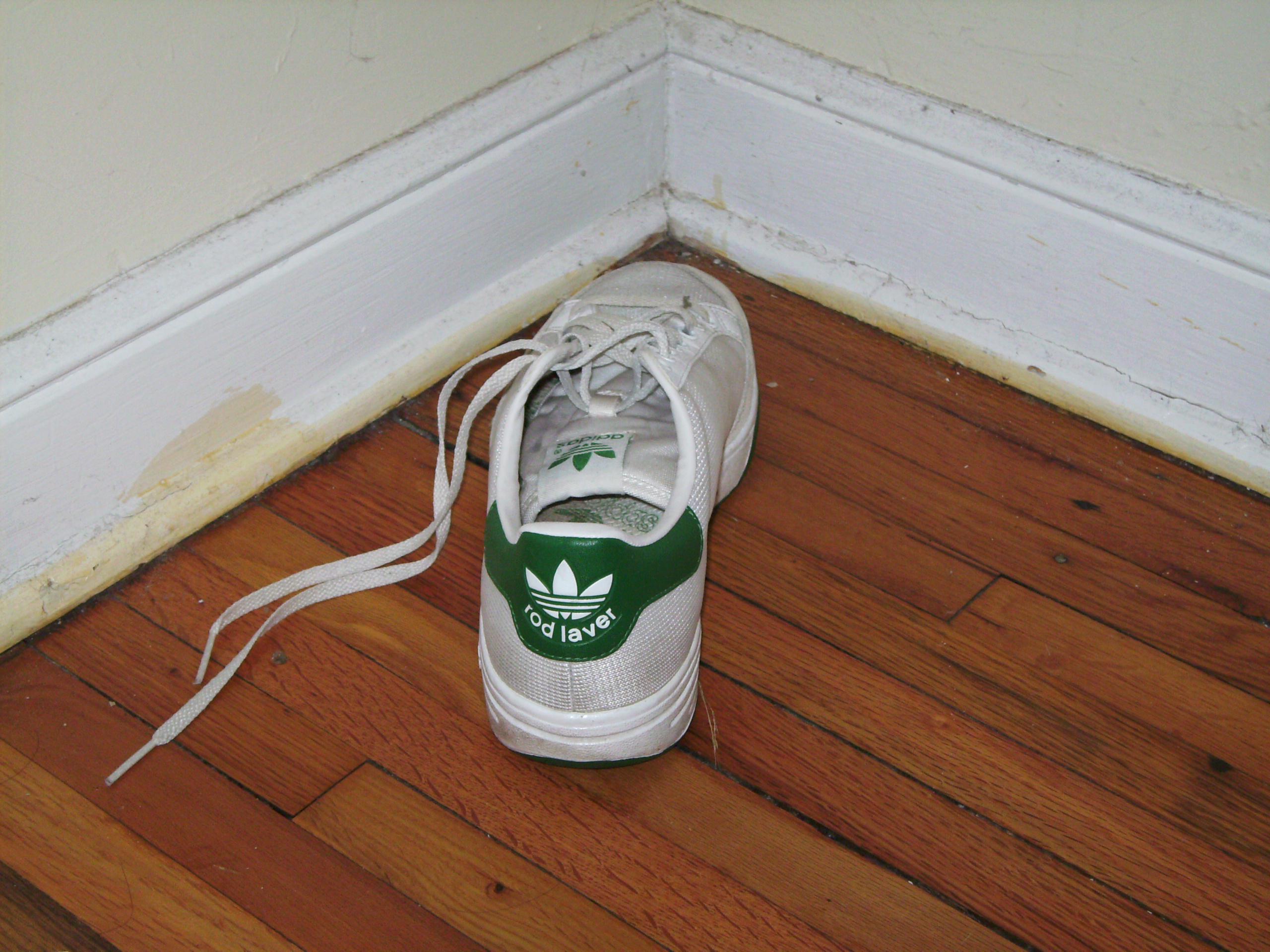Konan sneakers two girls sex obese females